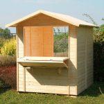 chiosco in legno chioschetto vuoto