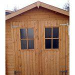 Casetta in legno porte con finestre
